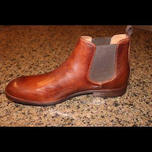 Never Worn Frye Sam Chelsea Boots